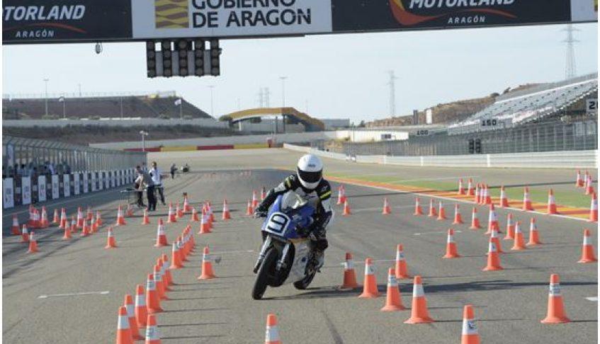 Fabricación de carenado para moto de competición